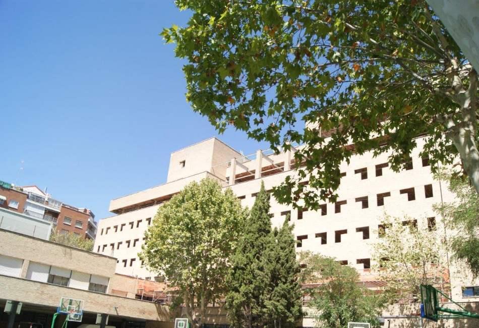 Fachada en Residencia Madrid